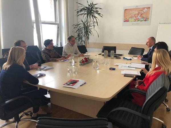 Zdravniška zbornica Slovenije na sestanku pri ministru Šabedru  